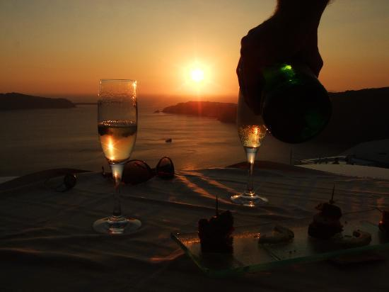 Anastasis Apartments: Watching the sunset sipping sparkling wine