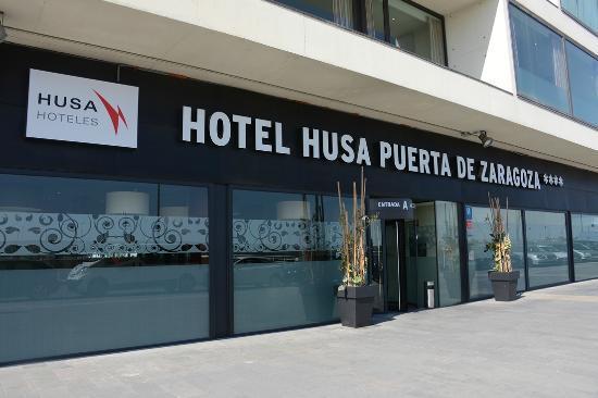 Hotel Eurostars Zaragoza: Entrance