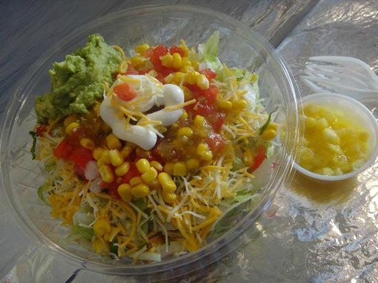 La Michoacana Grill: Salad bowl.