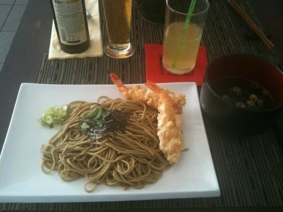 Yoko: Soba froids avec des tempuras crevette