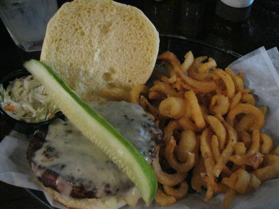 Brotherhood of Thieves: Burger and fries...super!