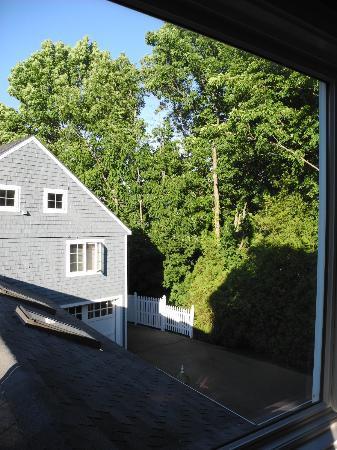 Hartstone Inn & Hideaway: View from Manor Suite