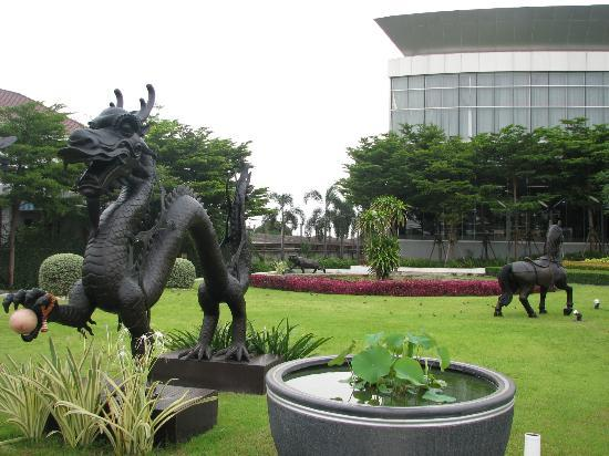 BEST WESTERN PREMIER Amaranth Suvarnabhumi Airport: hotel territory