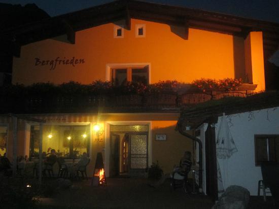 Hotel Pension Bergfrieden : Abendstimmung