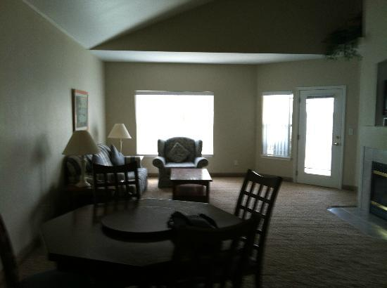 Delavan Lake Resort: livingroom