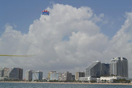 Nice parasail at Aloha Watersports