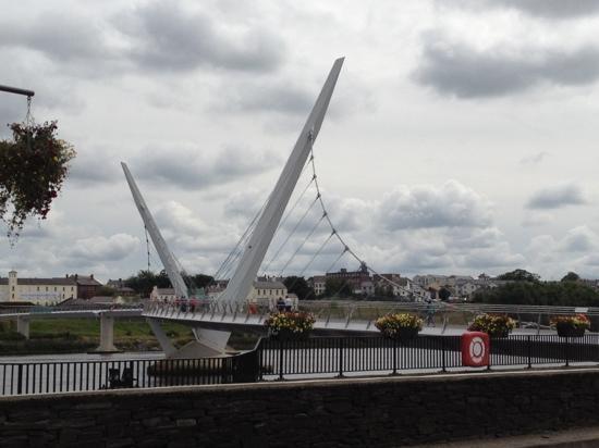 The River Foyle: River Foyle runs through the beautiful Peace Bridge...
