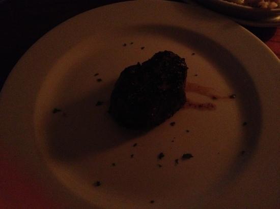 """Cool River Cafe: 7"""" filet, big plate"""