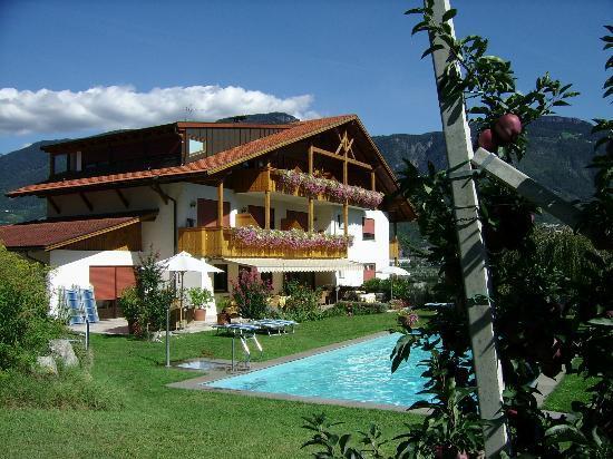 Johanneshof Hotel & Residence: The Hotel