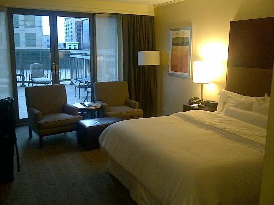 The Westin Denver Downtown: Room view - bed