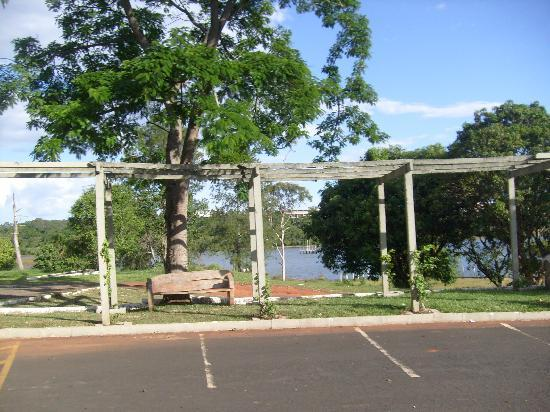 Uberlândia, MG: Pra quem quer relaxar, curitr a natureza ou praticar espotes, é o lugar ideal.