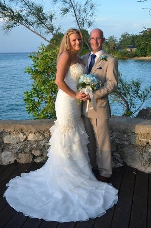 Jamaica Inn: our wedding at the point of white suite