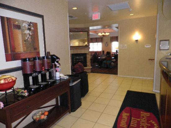 Residence Inn Rochester Mayo Clinic Area: Lobby. Free cofee, soda