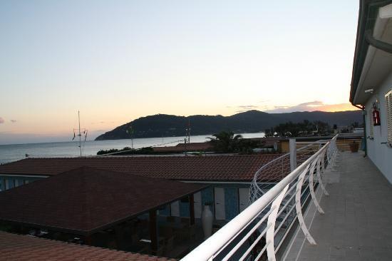 Hotel Bagno Lunezia Marina Di Carrara Italien Omd Men