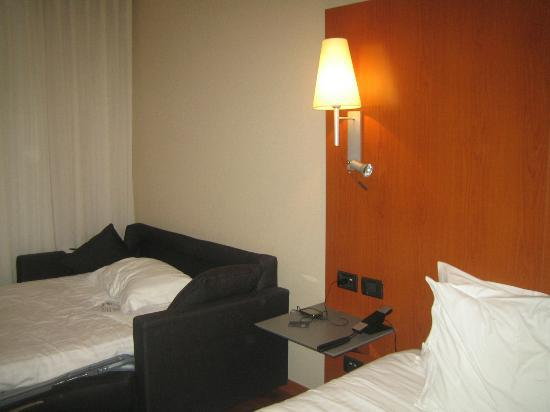AC Hotel Tarragona: Camas