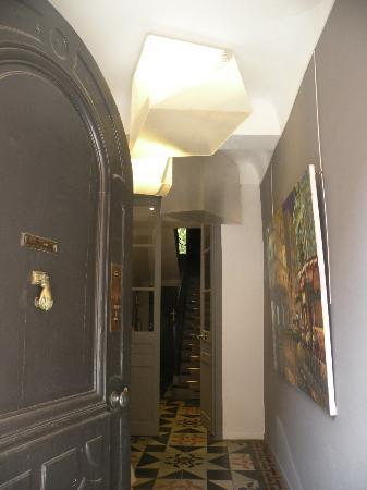 Maison Dauphine Entrance