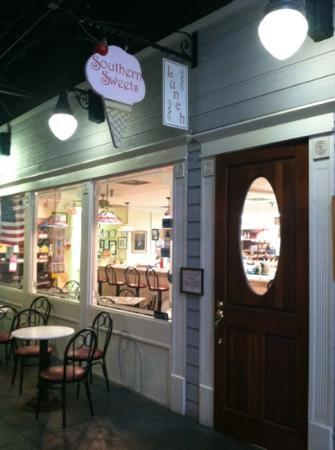 Southern Sweets Ice Cream Parlor & Sandwich Shop
