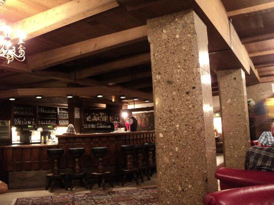 Lermoos, Austria: The bar