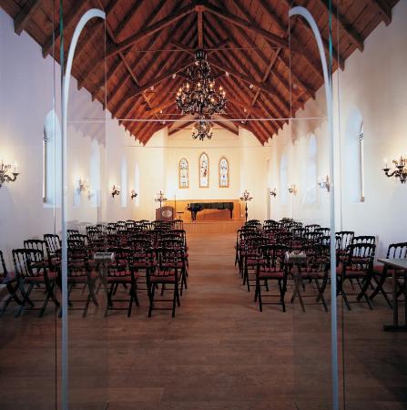 Riffelalp Resort 2222 m: The Church