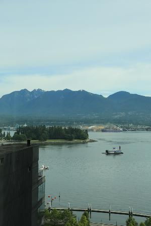 Coast Coal Harbour Hotel by APA: View from room