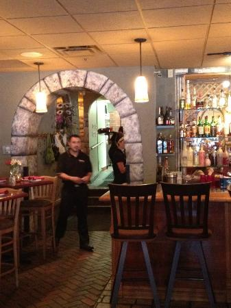 Victoria's Restaurant and Wine Bar: bar and service pass through