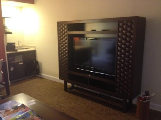 Delray Beach Marriott: look at the size of this TV! another one just like it in bedroom area of suite