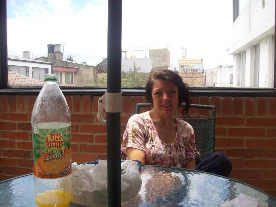 A Bogota On Holidays: terraza