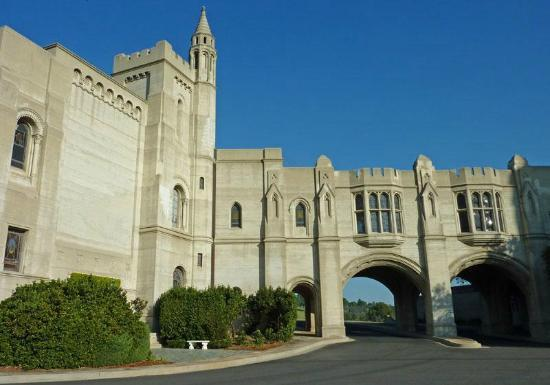 Forest Lawn Memorial Park - Hollywood Hills: Glendale Forest Lawn Memorial 4