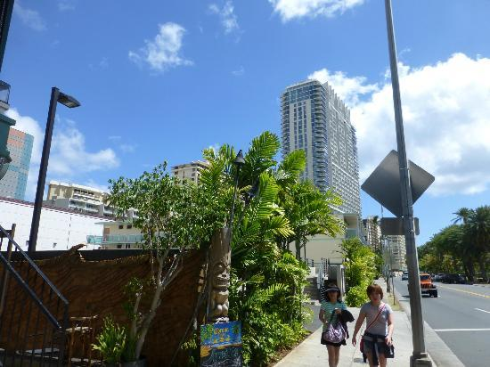 Polynesian Plaza: Streetside