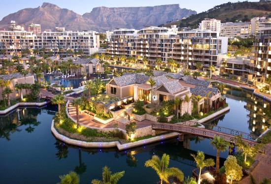 One&Only Cape Town: One and Only Spa Island