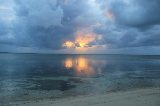 Wakatobi Hoga Diving: Sunset from the beach