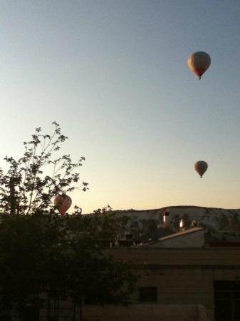 Safran Cave Hotel: fire balloon