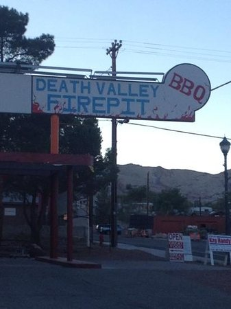 Death Valley Fire Pit BBQ