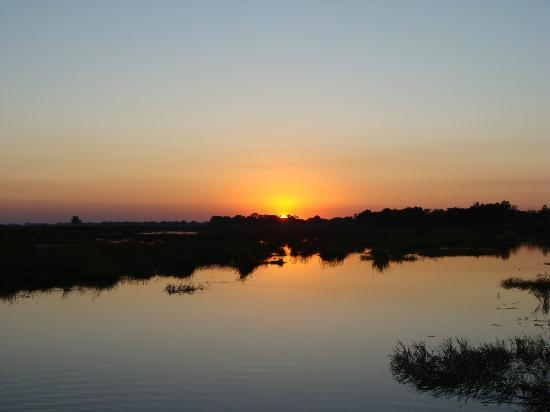 Wilderness Safaris Kings Pool Camp: Sunset in Linyanti Wildlife Reserve