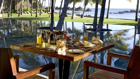 Constance Belle Mare Plage: Breakfast at La Citronelle