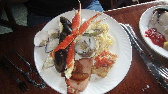 Fontana Grill: Seafood from Saturday buffet