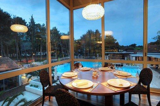 ميليا كورال: Melia Coral Buffet Restaurant