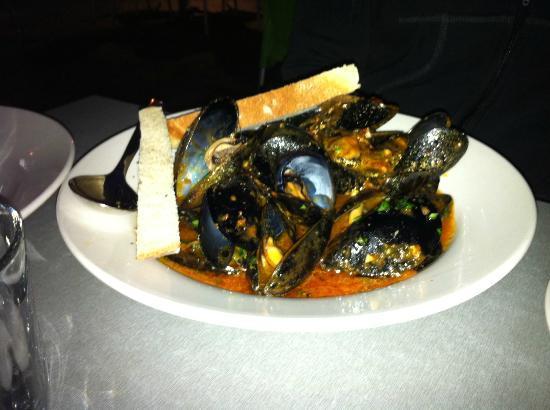 Mia Cucina: Chilli Mussels