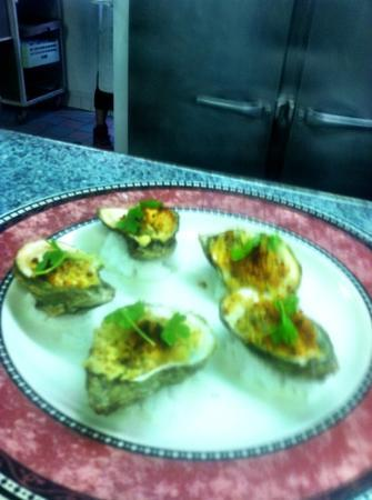 One Fish, Two Fish Restaurant: Summer Shandy Oysters