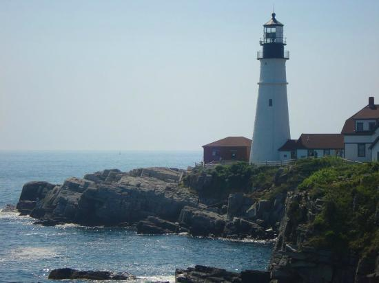 ‪رمادا ساكو أولد أوركارد بيتش إريا: Cape Elizabeth lighthouse