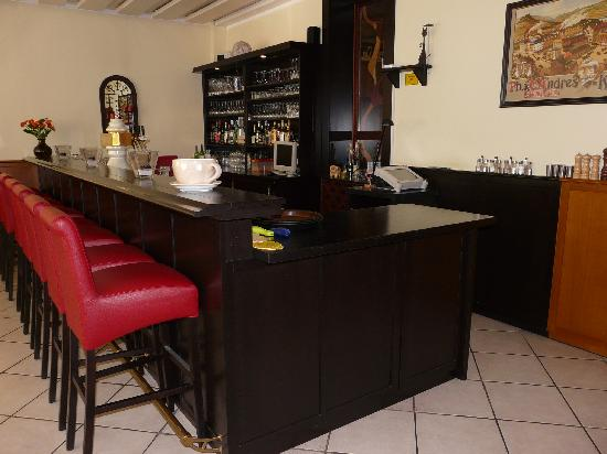 Krone Hotel-Traben Trarbach: De Bar...