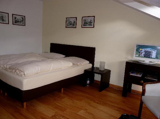 Krone Hotel-Traben Trarbach: De slaapkamer