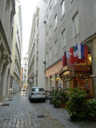 Hotel Austria : Vue de l'impasse