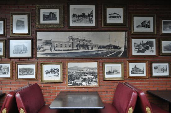 Oregon Electric Station: They have lots of historical photos - very interesting