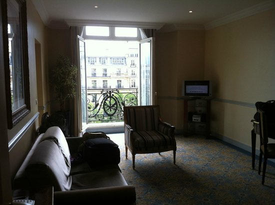 Fraser Suites Le Claridge Champs-Elysees: lounge room