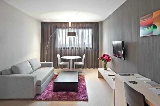 Hola Tafalla: Suite