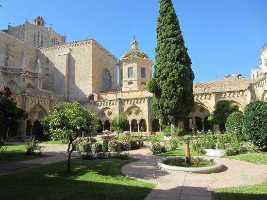 Catedral Basilica Metropolitana Primada de Tarragona: Cloister