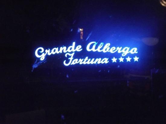 Fortuna Resort: l'entrée de l'hôtel