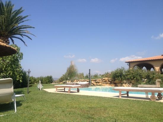 B&B Il Cavallinone: piscina