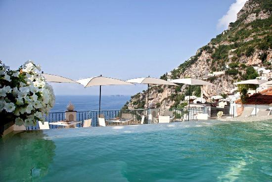 Albergo Punta Regina: Relaxing Sea front pool
